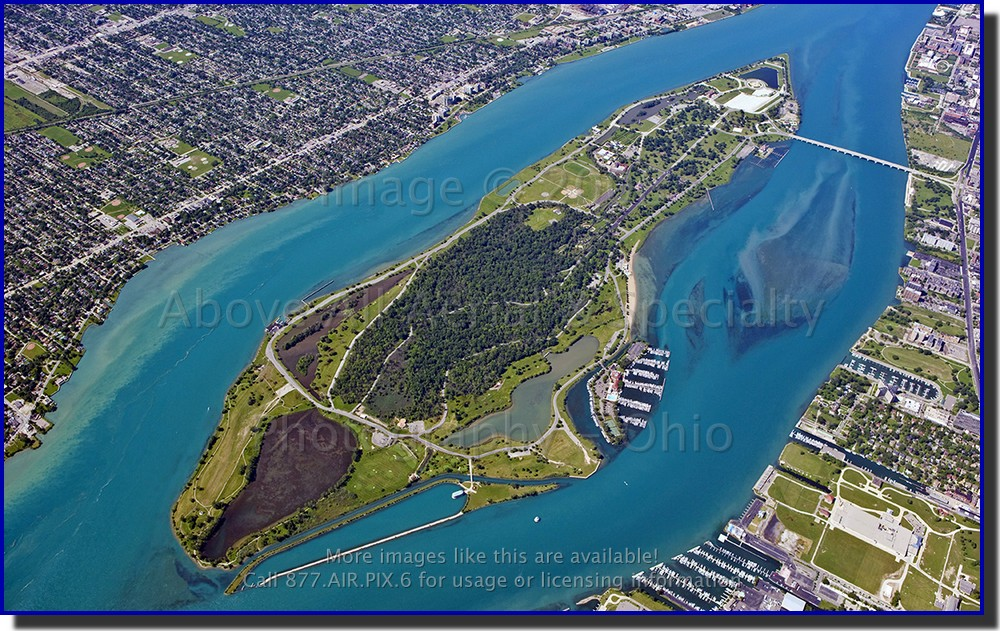 belle_isle_detroit_river_windsor_aerial.